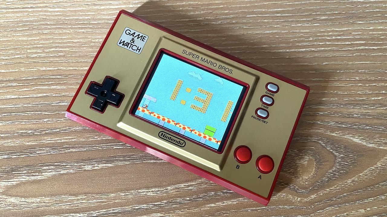 Nintendo Game & Watch Super Mario Bros clock